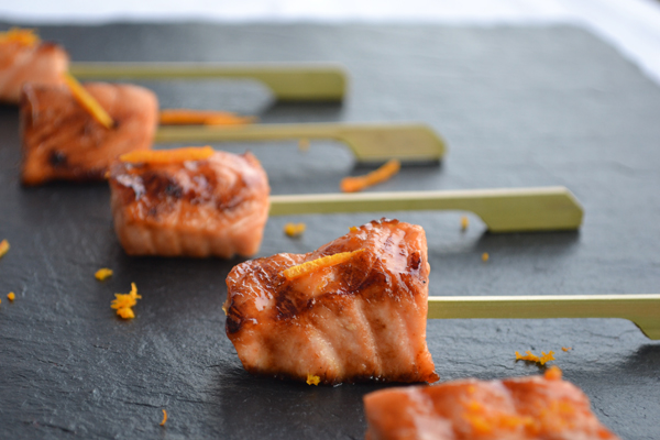 Roast salmon canapé skewer