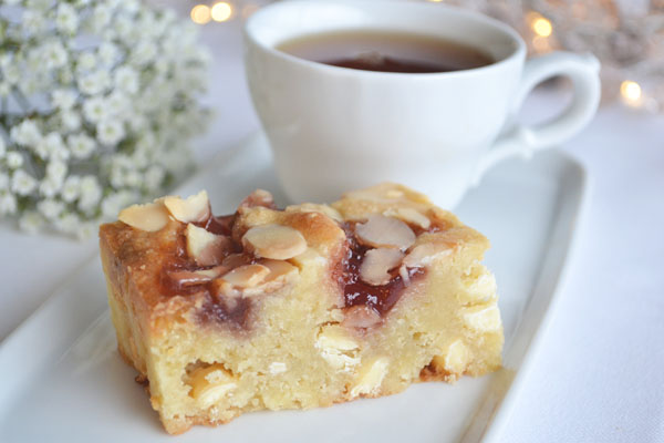 Bakewell White Chocolate Blondie